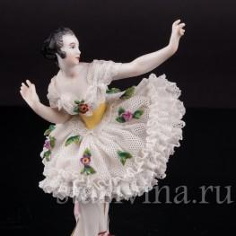 Фигурка из фарфора Балерина, миниатюра, кружевная, Volkstedt, Германия, до 1935 г.